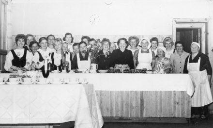 Emännät lujilla kunnan satavuotisjuhlassa Jukolassa