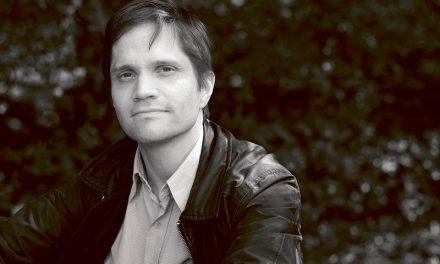 Tuomas Logrén yhdistää kansanmusiikkia ja countrya