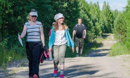 Hirvikävely sopii koko perheen liikunnaksi