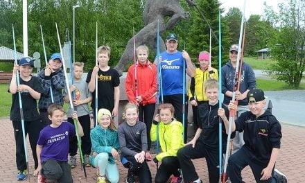 Lähes kaikki Suomen keihäshuiput Pihtiputaan karnevaaleille