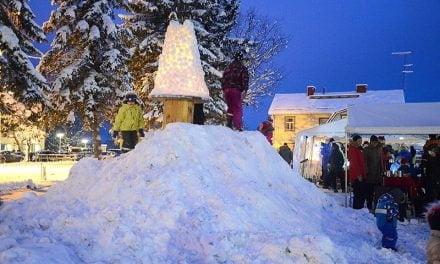 Joulu avattiin Kinnulassa