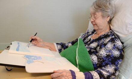 Marjatta aloitti maalaamisen 95-vuotiaana