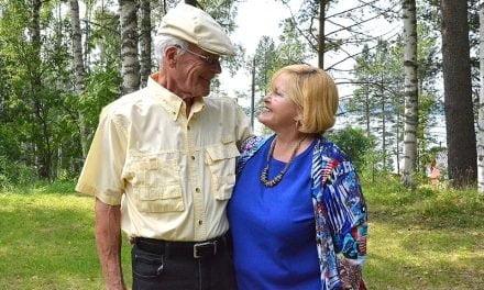 Floridalainen Niles tapasi  uuden perheensä Alvajärvellä