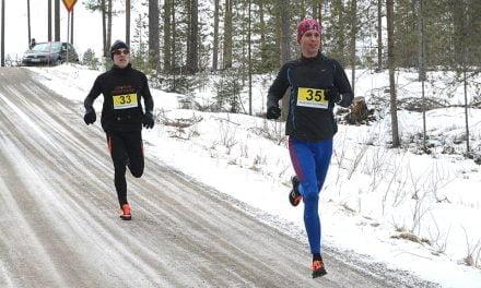 Maratonin Suomen mestari voitti Junganjärven Ympärijuoksun