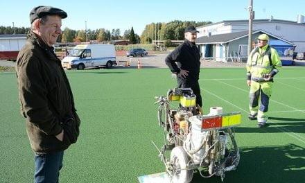 Tekojää ja uudet tenniskentät valmistumassa Pihtiputaalle